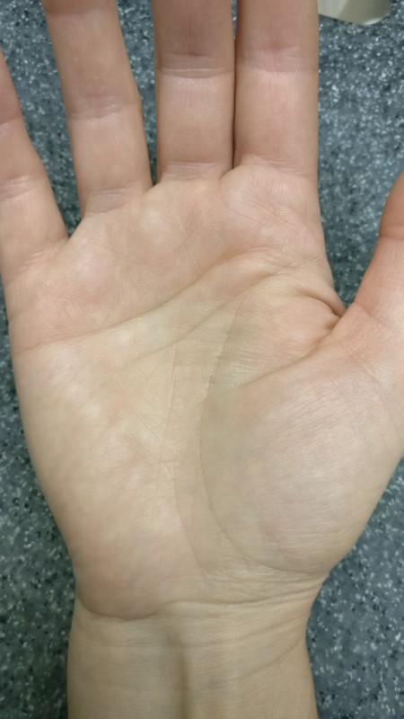 Правая рука - g9fggzwab2k.jpg