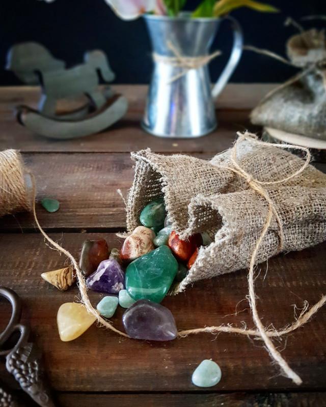 Натуральные камни, кулоны, маятники. Свечи из вощины с травами. - IMG_20180810_161906_824.jpg